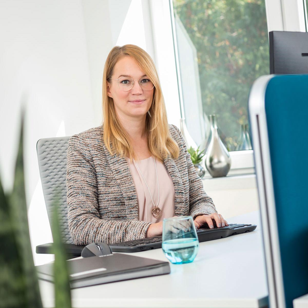 Steuerberatung in Bielefeld, Finanzbuchhaltung, klare Abläufe, fest vereinbarte Honorare